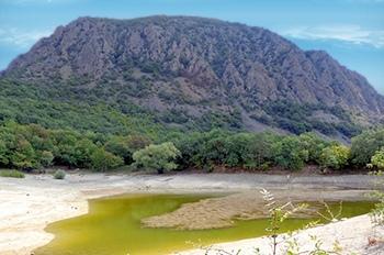 Озеро Осман летом