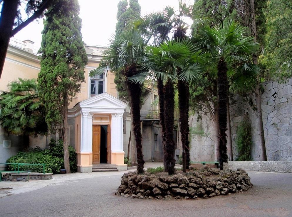 Кипарисный Артек, дача №3