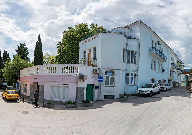 Кипарисный Артек, бывшее приходское училище