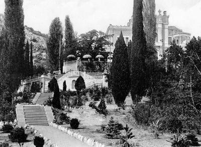 Венецианская лестница Суук-Су в Артеке